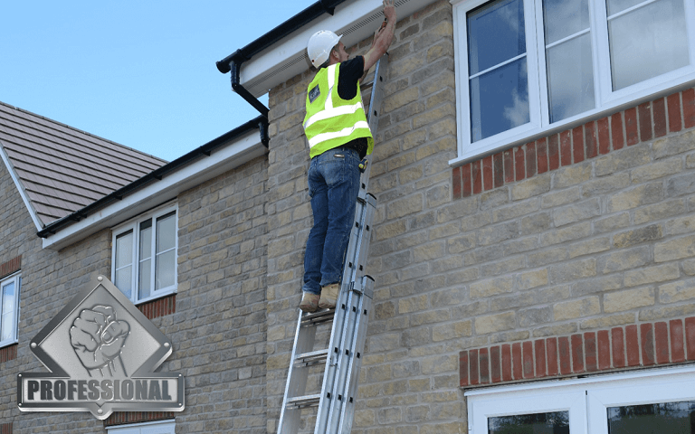 Youngman Aluminium Extension Ladder Builder Fitting Gutter